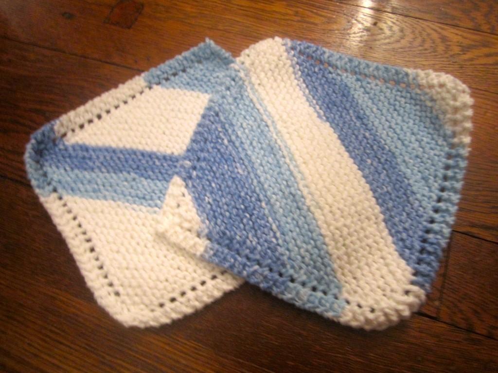 Portable Knitting: Dishcloths!